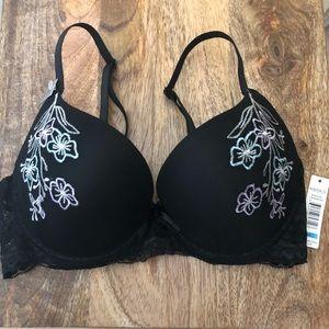 Sophie B. Black 34C bra w/ embroidered flowers